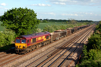 66113 heads north at Cossington, MML on 13.5.15 with 6M58 1514 Norwich T.C. - Peak Forest Cemex Sdgs empty box wagons