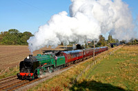 S.R. Schools Class No 925'Cheltenham' at Woodthorpe, GCR on 14.10.12 with 1000 Loughborough - Leicester North service