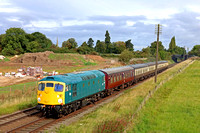 Guest Class 26 D5343 owned by The Cotswold Mainline Diesel Group & based at GWR passes Woodthorpe on 9.9.17 with 0945 Loughborough - Leicester North service at the GCR September 2017 Diesel Gala
