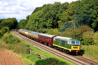Guest Class 35 (Hymek) D7017 based at West Somerset Railway passes Kinchley Lane on 9.9.17 with 1415 Loughborough - Leicester North service at the GCR September 2017 Diesel Gala