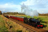 LMS Ivatt Class 2 2-6-0 No 46521 at Woodthorpe on 1.11.14 with 1415 Loughborough - Leicester North GCR service