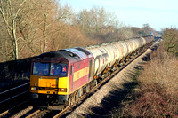 60021 powers towards Willington footbridge south of Burton Upon Trent on 12.1.08 with 6M57 0715 Lindsey Oil Refinery - Kingsbury Oil Sidings loaded bogie tanks