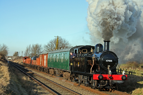 LMS Jinty 47406  powers along the Quorn Straight on 30.1.10 with 1350 Loughborough - Rothley Brook mixed freight at the GCR Winter Steam Gala January 2010