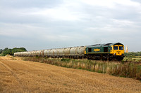 66585 at Copleys Brook, Kirby Bellars on 16.9.10 with  6L45 Earles - West Thurrock loaded 4 wheel PCA cement wagons