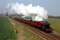 LMS Red 8F 8624 at Woodthorpe, GCR on 24.3.12 with 1400 Loughborough - Leicester North service
