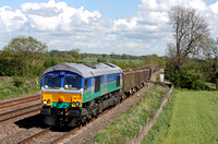 GBRF 66711 in new Aggregates Industries livery is seen entering the bi-directional loop at Kilby Bridge, MML on 12.5.15 with 6Z62 1054 Chelmsford Recp. - Bardon Hill empty aggregate wagons